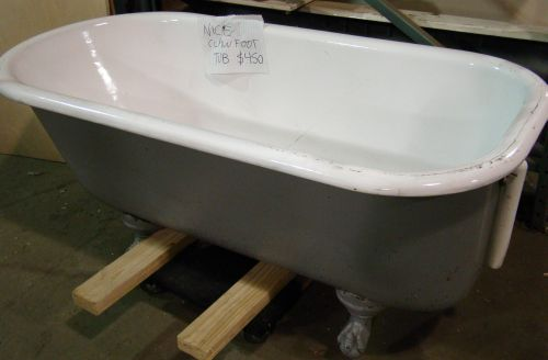 Built It Green clawfoot tub